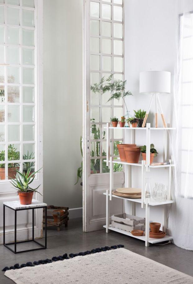build shelves en marble power