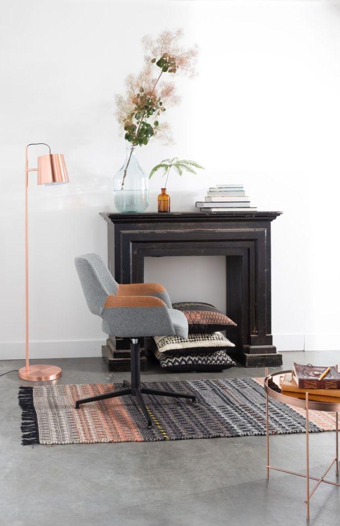 Syl armchair en buckle head lamp